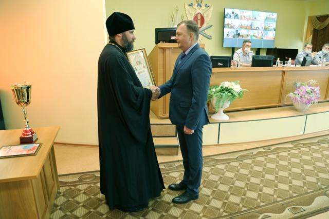 Благословенная грамота Русской православной церкви вручена начальнику УФСИН России по Омской области